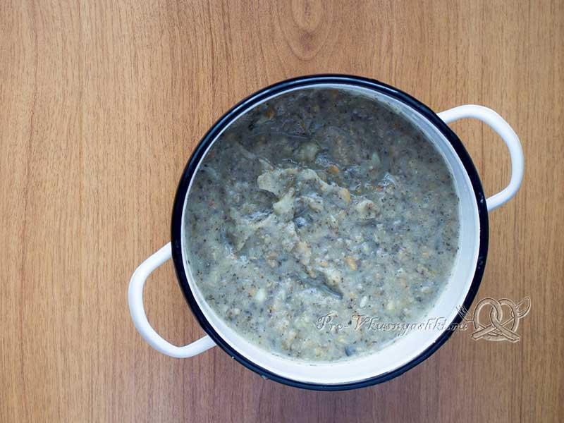 Суп-пюре из шампиньонов - смешиваем ингредиенты